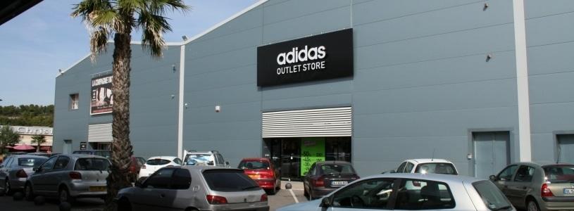 Adidas Outlet store Plan de Campagne